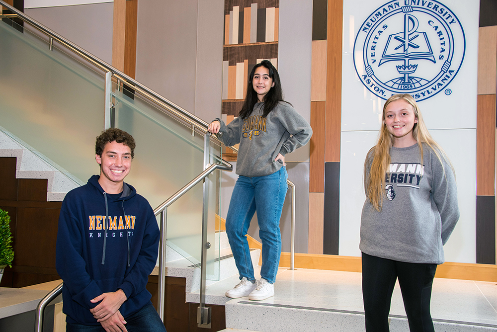 Three Honors Students Research COVID-Related Issues