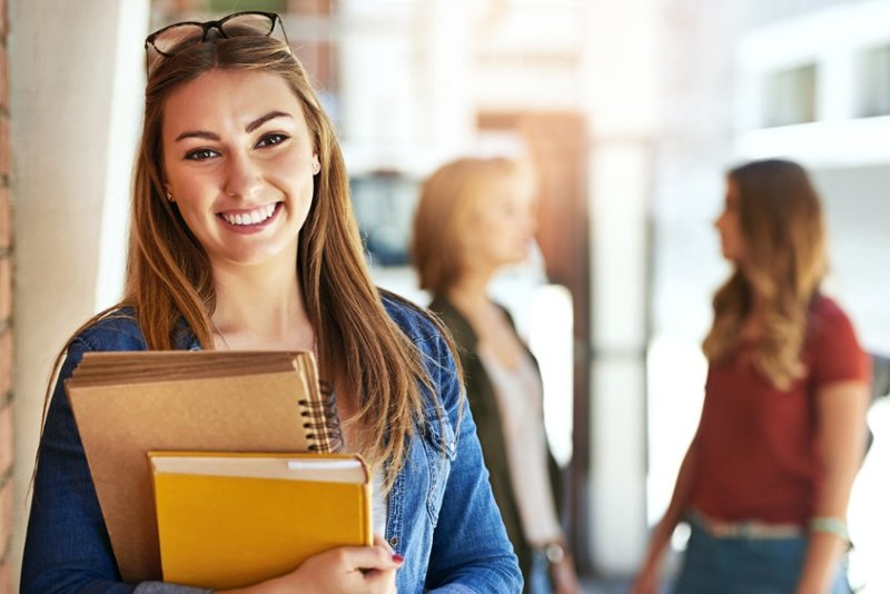 College Checklist: 6 Things for High School Juniors to Do NOW