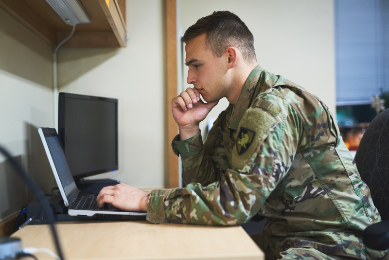 6 Things Military Veterans Need to Know About Going Back to College