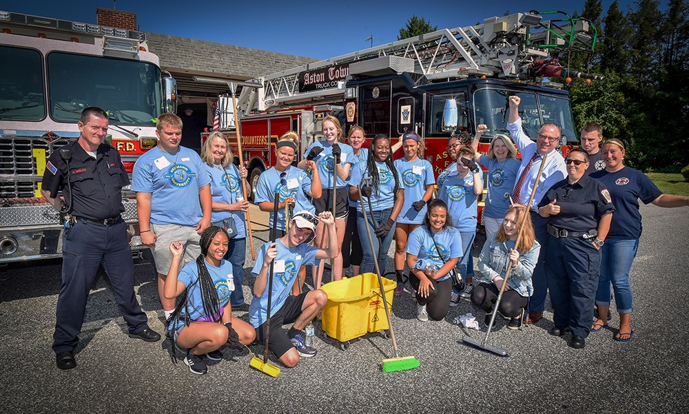 Students Jump into Community Service